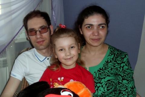 Антон  и его семья